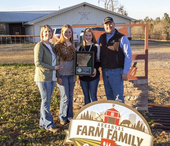 Sweat family named Arkansas Farm Family of the Year